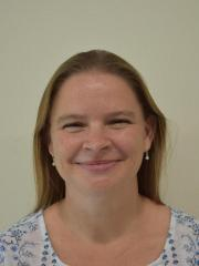 Dr Natalie Groves