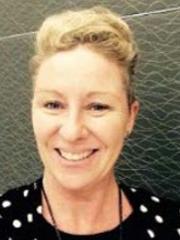 Mrs Chris Bahrend