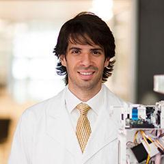 Dr Hosam Zowawi