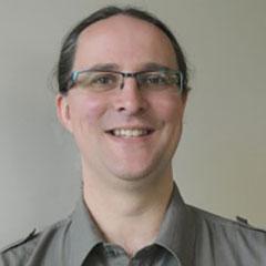 Dr Lyle McMillen