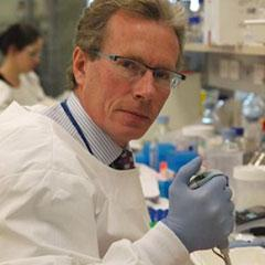 UQ Clinical Research Centre's (UQCCR) Professor Nicholas Fisk led a team that has developed a world-first method for producing adult stem cells.